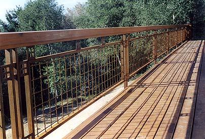 The portfolio for Craftsman picture rail